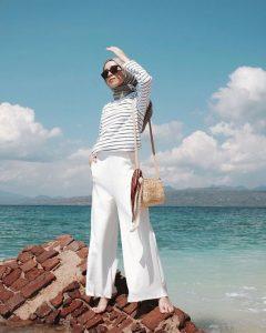 outfit liburan simpel